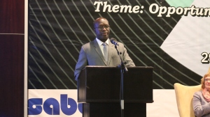 Prime Minister Anastase Murekezi gives keynote address at SABA Annual General Meeting in Kigali.